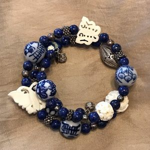 Jewelry - Beaded Lapis Coil Wire Bracelet